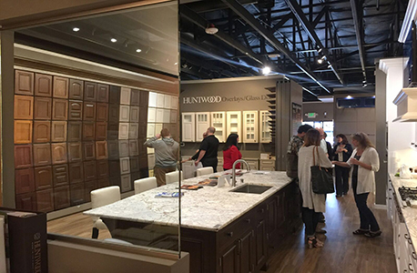 Huntwood Custom Cabinets Opens Bellevue Showroom