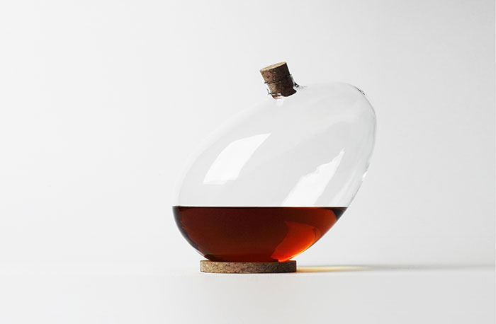 Egg-Decanter-by-Sebastian-Bergne